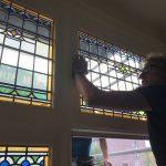 Plaatsing van nieuw Glas in Lood door Glasgilde